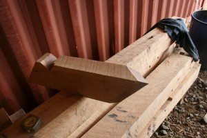 A short jack rafter with it's intersection cut to mate with the valley rafter.